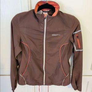 Craft vented running jacket